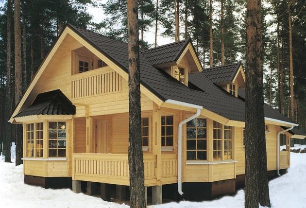 рекомендуют для строительства домов выбирать зимний лес