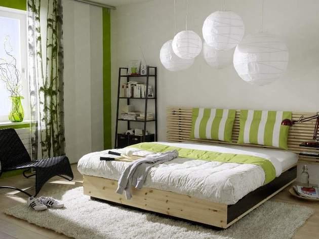 идеальным решением станет подъемная кровать, что позволит значительно сэкономить пространство