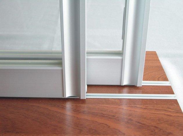 Раздвижные межкомнатные двери относятся к неотъемлемой части домашнего интерьера квартиры